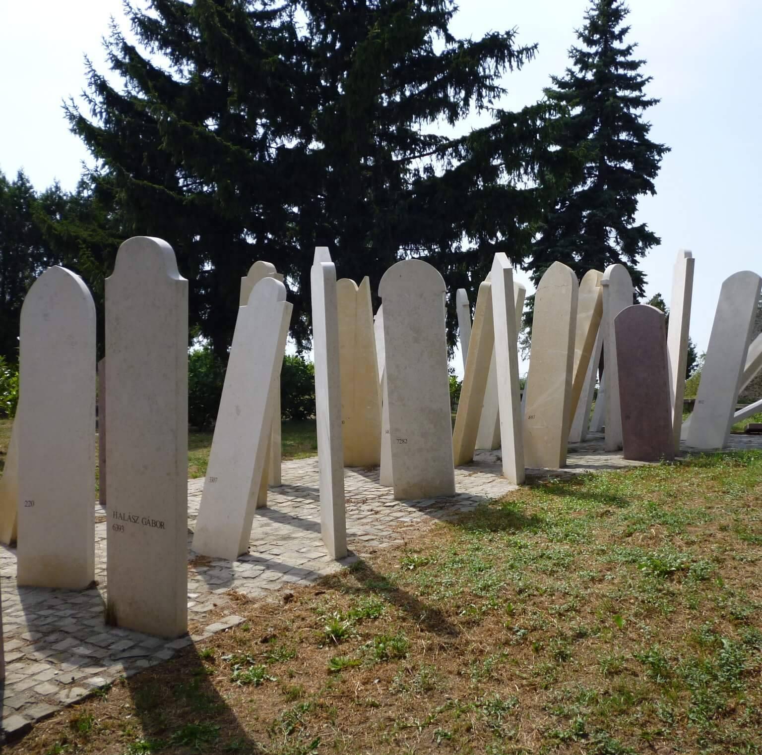 Lápides em Mármores e Granitos